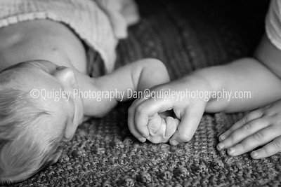 Fischer_kids hands_DSC3220