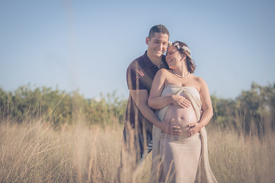 Hayley's Maternity Portrait Session