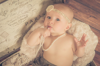 Ivy Elizabeth's 6 month Portrait Session
