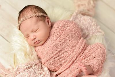 Abigail Newborn-3