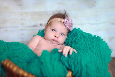 baby karina