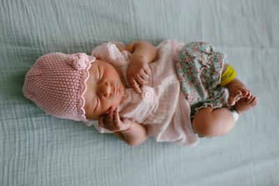 Cecilia Newborn -052
