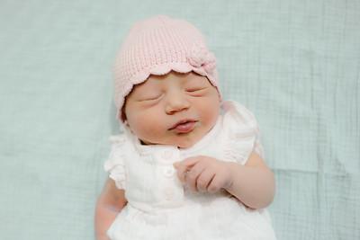 Cecilia Newborn -046