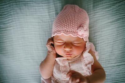 Cecilia Newborn -055