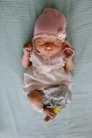 Cecilia Newborn -051