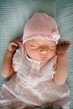 Cecilia Newborn -056