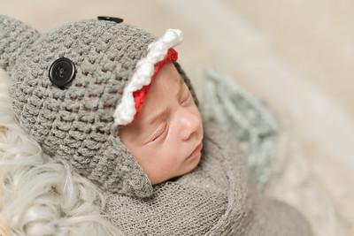 Finn Newborn-37