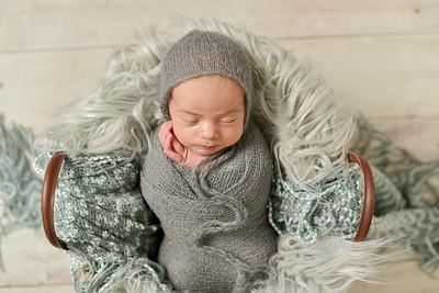 Finn Newborn-42