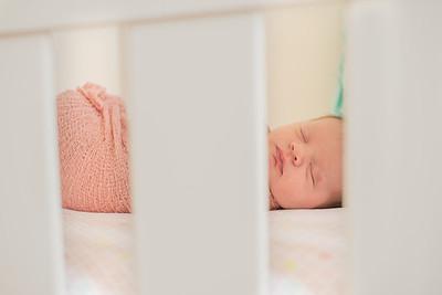 Hannah Newborn-9