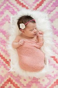 Hannah Newborn-6