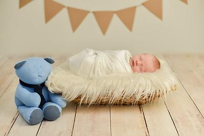 Jacob Newborn-18