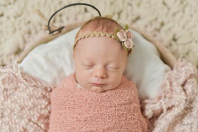 Maci Newborn-23