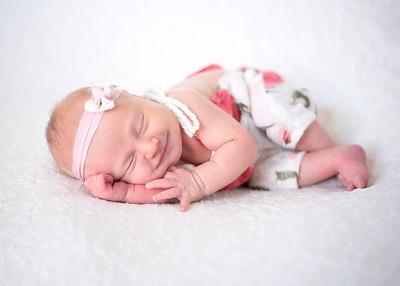NoraMarrin-Newborn-016