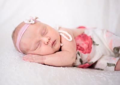 NoraMarrin-Newborn-001