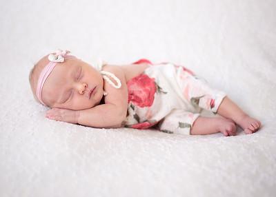 NoraMarrin-Newborn-008
