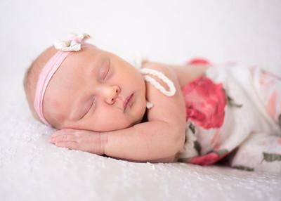 NoraMarrin-Newborn-004