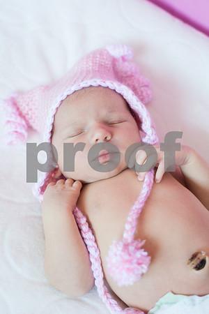 Newborn: Lainey - 6 days old