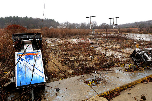 Amesbury:<br /> The site of the former Alan's Truck Stop on Route 150 is one of the sites under consideration for a compost site.<br /> Photo by Bryan Eaton/Newburyport Daily News Thursday, December 11, 2008
