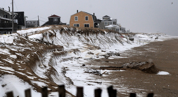 Newbury: Plum Island Beach seems to have weathered the storms this weekend photo by Jim Vaiknoras/Newburyport Daily News. Saturday December 20, 2008