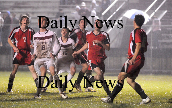 Newburyport: Newburyport vs. Marblehead. Photo by Ben Laing/Newburyport Daily News Friday November 7, 2008.