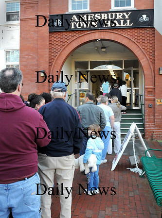 Amesbury:<br /> Voters were lined up to the street in front of Amesbury Town Hall yesterday at 8:45a.m. and was even longer when polls opened at 7:00a.m.<br /> Photo by Bryan Eaton/Newburyport Daily News Tuesday, November 04, 2008