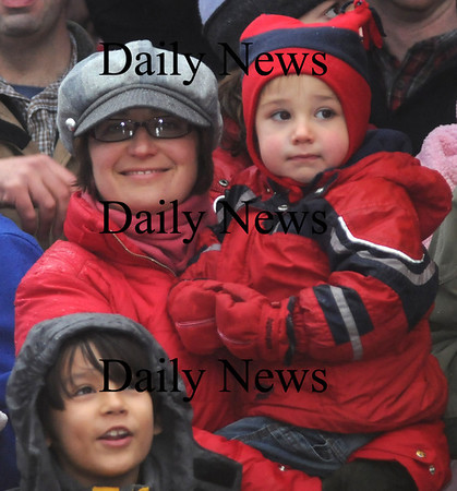 Newburyport:Nicole and her son Theo Salemi wait for Santa in Market Square at the annual Santa Parade and Tree Lighting Sunday night.photo by Jim Vaiknoras/Newburyport Daily News.Sunday November 30, 2008