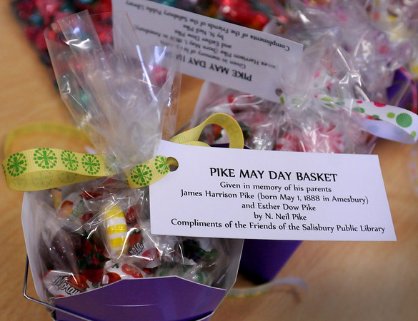 Salisbury: Pike May Day baskets to be given to Salisbury's senior citizens. Bryan Eaton/Staff Photo  Newburyport News  Wednesday April 29, 2009.