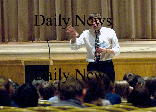 Newburyport: Author Bob Bigelow speaks to kids at the Nock Middle school<br /> Monday afternoon. Jim Vaiknoras/Staff photo