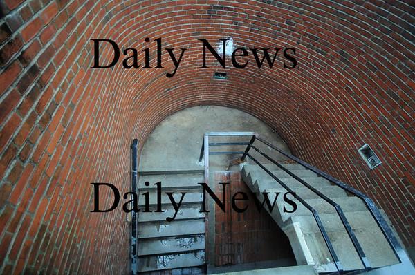 Newburyport: On of the closed stair ways on Inn Street in Newburyport. Jim Vaiknoras/Staff photo