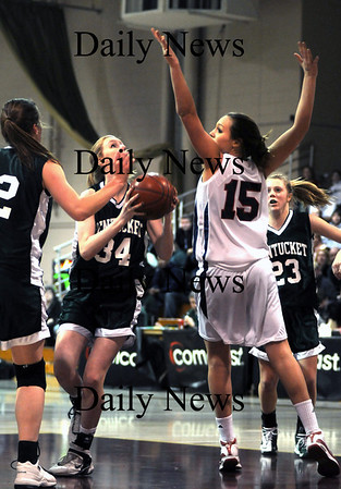 Boston: Pentucket's Vanessa Cahill looks for her shot during the Sachems 51-48 loss Sunday to Central Catholic in the 19th annual Comcast Tournament at Boston Collage High.photo by Jim Vaiknoras/Newburyport Daily News. February 15, 2009.