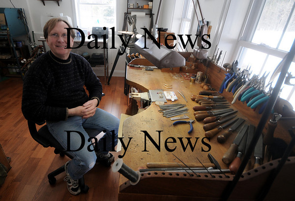 Kingston: Jewelry designer Jim Conley at his Kingston home workshop. Conley retired and sold his Newburyport store a couple of years ago, and is returning to the city.<br /> photo by Jim Vaiknoras, Newburyport Daily News