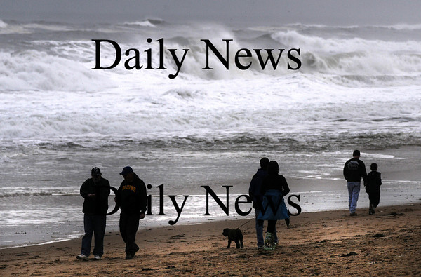 newbury: This weekends storm put on quite a show attracting a number of wave watchers to Plum Island. Jim Vaiknoras/Staff photo