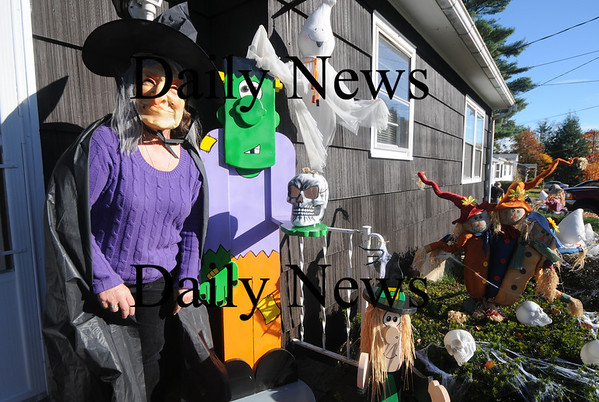 Seabrook:Diane Serwon at her home at 40 Lake Shore Dr in Seabrook. Jim Vaiknoras/Staff photo