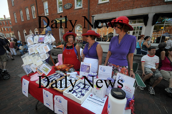 Newburyport: The Seacoast Scarlet Divas, Karen Hefler, Josephine Kohan, and Becky Huston raise money for The Relay For Life at the Labor Day Festival in Market Square Saturday. Jim Vaiknoras/Staff photo