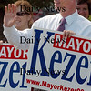 Amesbury: Mayor Thatcher Kezer, who's running for re-election in Amesbury waves to passersby yesterday afternoon. Bryan Eaton/Staff Photo Newburyport News Tuesday September 15, 2009.
