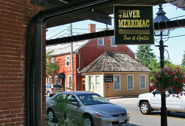 Newburyport: The River Merrimack Bar and Grille has closed their doors, after being in bussiness at the Tannery in Newburyport for just over two years. Photo by Ben Laing/Staff Photo