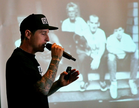 Amesbury: Toby Morse, lead singer of the band H20, speaks to the students of Amesbury Academy Wednesday afternoon. Morse was there to speak to the children about having a postive mental attidtude in life, and how to avoid drugs and alcohol. Photo by Ben Laing/Staff Photo
