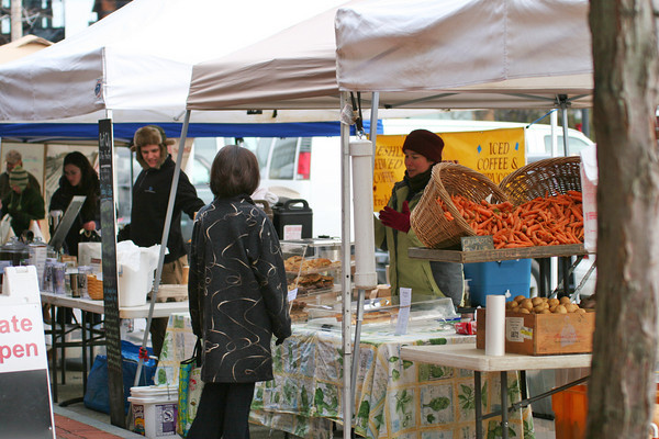 Newburyport: Sunday was the last day of the season for the Newburyport Farmers Market at the Tannery. Photo by Ben Laing/Staff Photo
