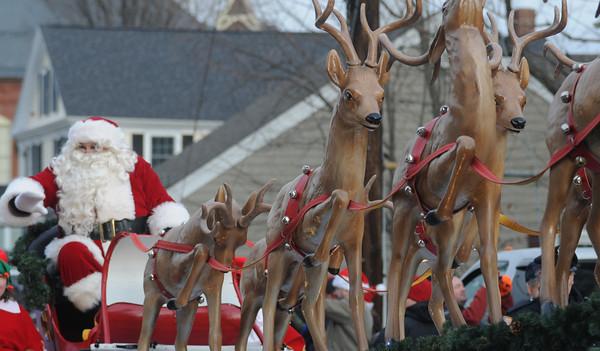 Merrimac: Santa arrives at the annual Merrimac Santa Parade. Jim Vaiknoras/Staff photo