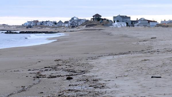Newbury: The beach on Plum Island looking south toward the center. Jim Vaiknoras/Staff photo
