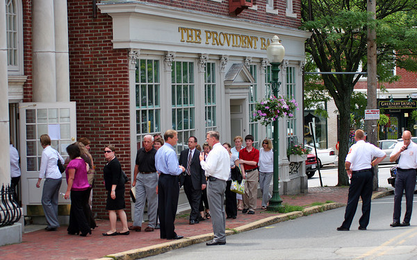 Amesbury: Employees of the Provident Bank on Market Street in Amesbury are allowed back into the building after a bomb threat forced them to evacuate Monday morning. Photo by Ben Laing/Staff Photo