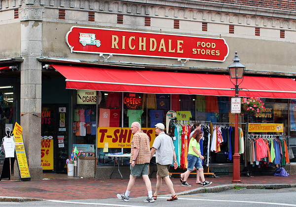 Newburyport: Richdale's, on the corner of Pleasant and State Streets, sells Newburyport themed clothing, which is on dislplay outside the store. Photo by Ben Laing/Staff Photo