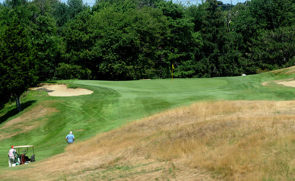 Salem: The 9nd hole at Olde Salem Greens, a 301 yard par 4. Jim Vaiknoras/Staff photo