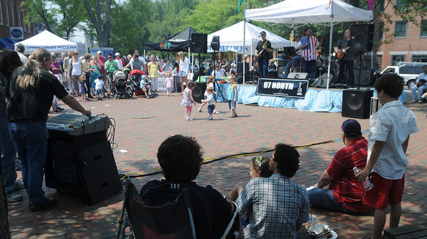 Newburyport: The band 97 North performs Monday in Market Square at the Newburyport Spring Fest. Jim Vaiknoras/Staff photo