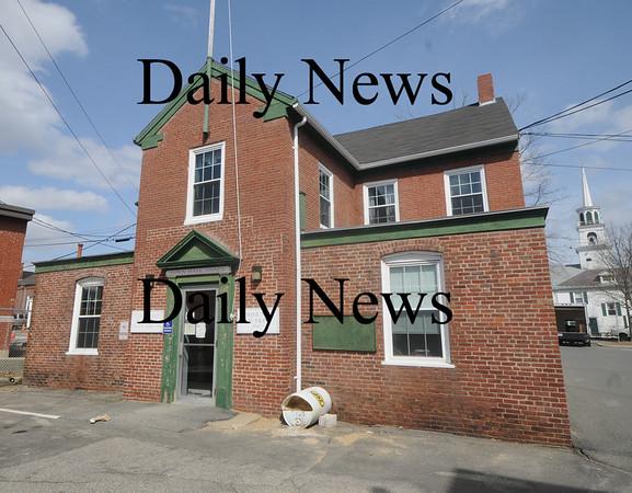 Amesbury: Amesbury town property being sold, 13 School Street.