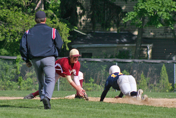 Newburyport: Newburyport shortstop Brett Fontaine (6) lies in wait at second base as a Lynnfield base runner is thrown out during Monday's game at Newburyport High. Photo by Ben Laing/Staff Photo