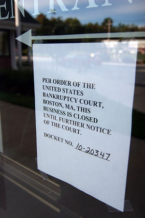 Rowley: A notice to customers hangs in the window of the Excel Gym and Fitness Center in Rowley, which filed for bankrupcy and was forced to close their doors. Photo by Ben Laing/Staff Photo