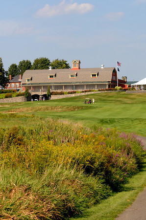 South Berwick: The 18th hole, a 354 yard par 4 at the Links at Outlook in South Berwick Me. Jim Vaiknoras/Staff photo