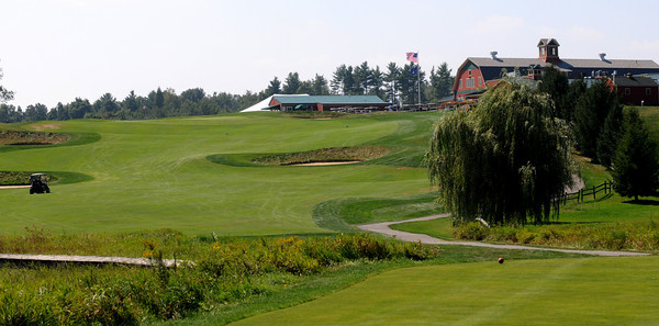 South Berwick: The 9th hole, a 370 yard par 4, at the Links at Outlook in South Berwick Me. Jim Vaiknoras/Staff photo