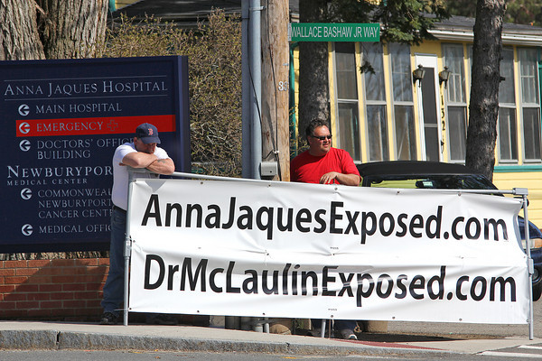 Newburyport: Members of the International Brotherhood of Electrical Workers protest out side Anna Jaques hospital in Newburyport Thursday afternoon. Photo by Ben Laing/Staff Photo